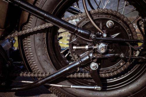 150410 Bobber Garage 1953 Panhead